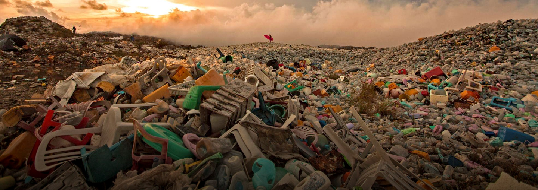 Secretary Gove:<br> End the Plastic Plague Now!