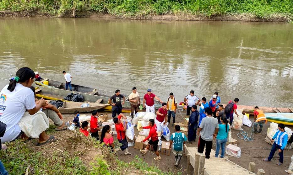 Avaaz : Nous ne pouvons pas sauver l'Amazonie sans ceux que la forêt abrite AmazonAid2