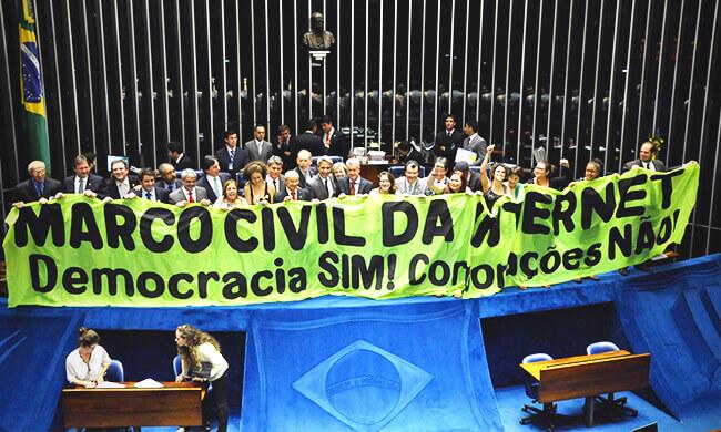 """Eine """"Grundrechtecharta"""" für das Internet in Brasilien"""