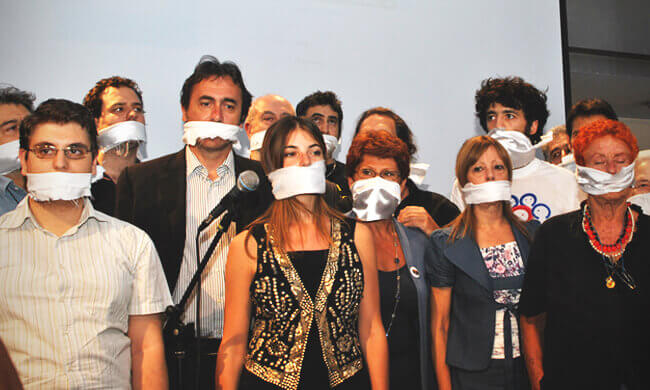 Standing up to Italy's gag law